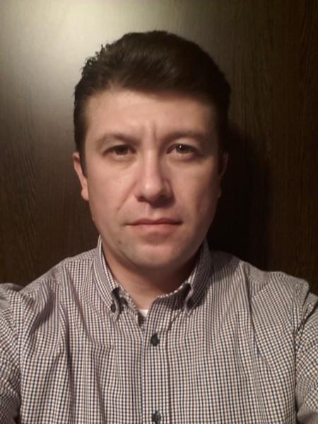 vic1977, barbat, 40 ani, BUCURESTI