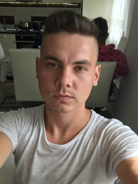 Paul_Stanciu, barbat, 23 ani, Cluj Napoca