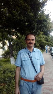 harbuzache, barbat, 44 ani, Roman