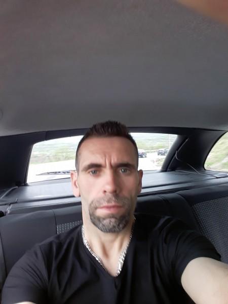 Gabygaby, barbat, 42 ani, Bacau