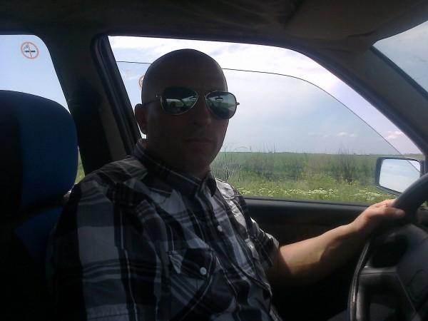 randi, barbat, 42 ani, Arad