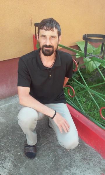 Amg_77, barbat, 42 ani, Sibiu