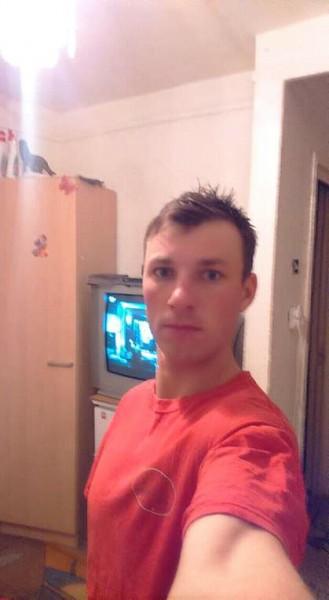 nicolae89niku, barbat, 28 ani, Botosani