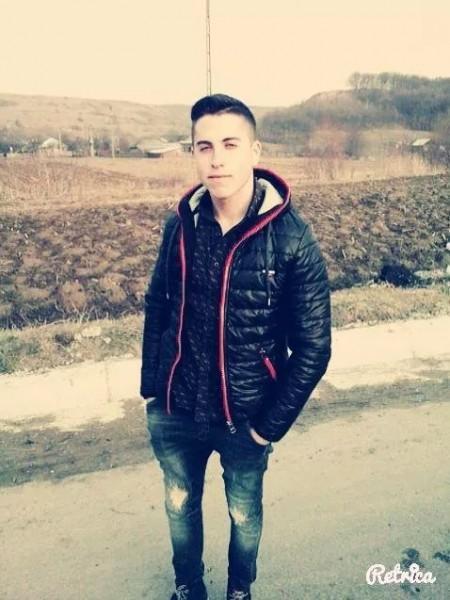 BalanClaudiu, barbat, 26 ani, Roman