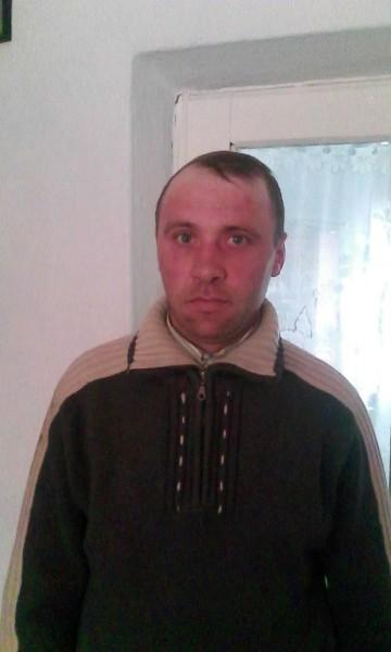 CostelStelian, barbat, 39 ani, Botosani