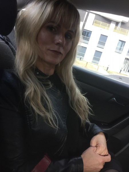 Elena09, femeie, 43 ani, Franta