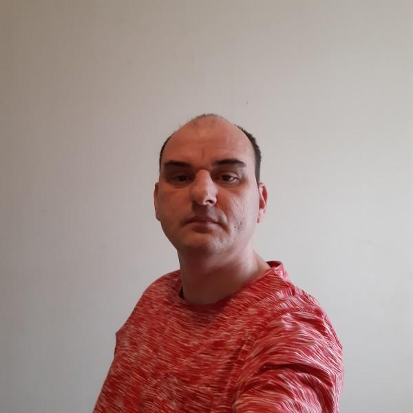 Singuratic39, barbat, 40 ani, Targu Mures