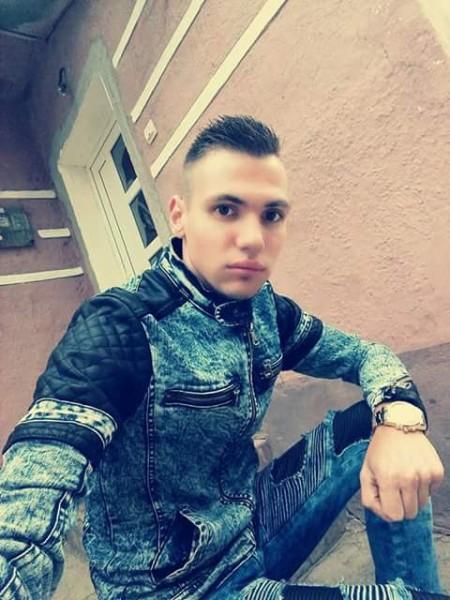 Aurelyan25, barbat, 24 ani, Sighisoara