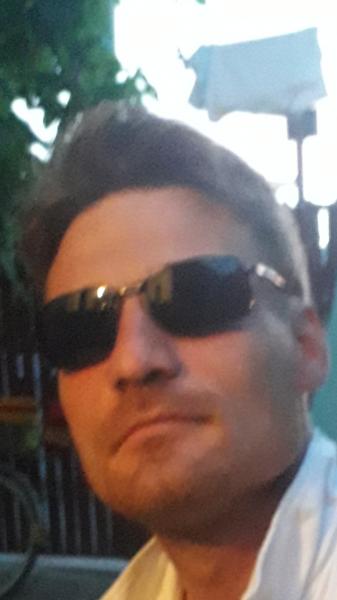Gabrielcatalin1984, barbat, 34 ani, BUCURESTI