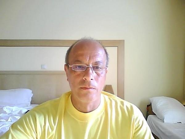 cicigeo, barbat, 60 ani, Valenii de Munte