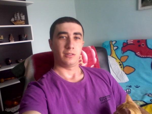 CATAPIRVU21, barbat, 28 ani, Ramnicu Valcea