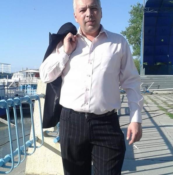 Razvan75, barbat, 44 ani, Tulcea