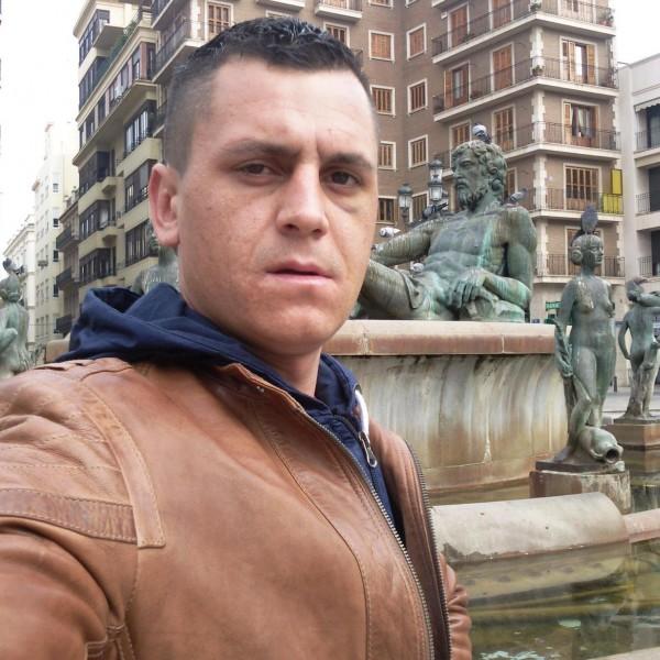 dany_dany84, barbat, 33 ani, BUCURESTI