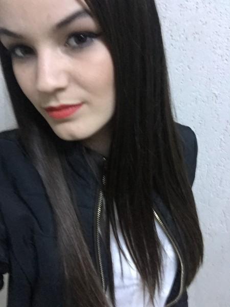 Deniiisa, femeie, 23 ani, Falticeni