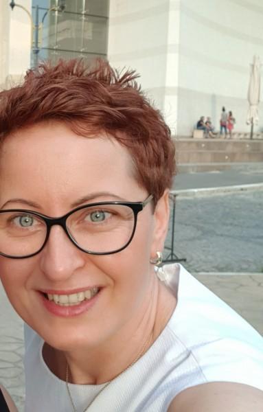 LaraBlu, femeie, 44 ani, Italia