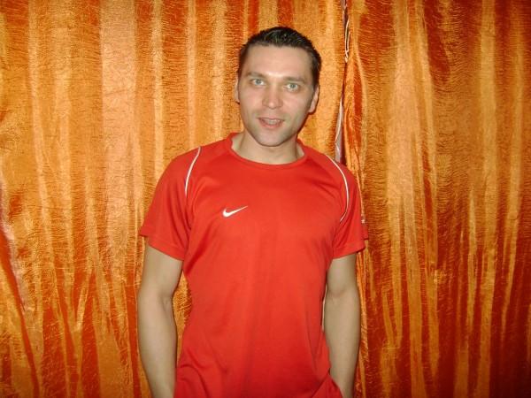 costelus02, barbat, 37 ani, Bacau