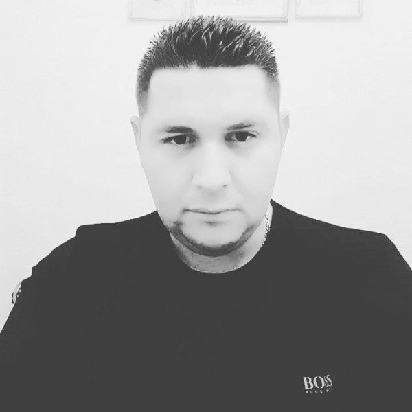 Ionut0071985, barbat, 34 ani, Resita