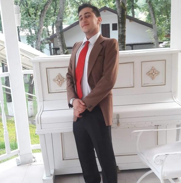 Alexander_M, barbat, 28 ani, Iasi