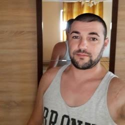 Silviu080, barbat, 37 ani, Ploiesti