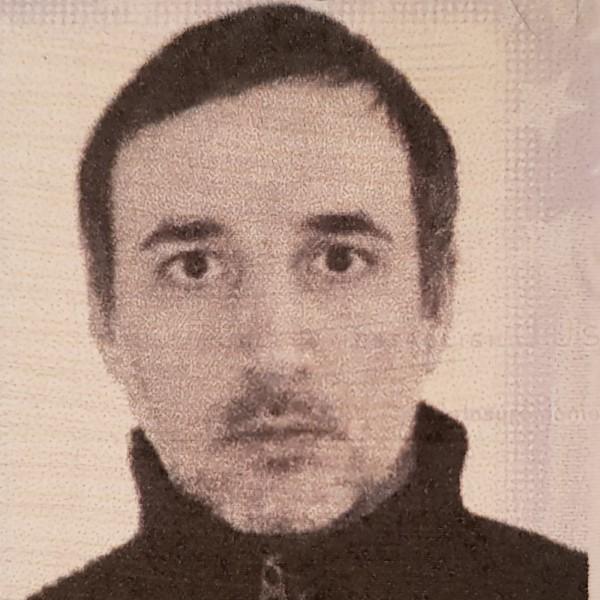 Liviu7832, barbat, 40 ani, Constanta