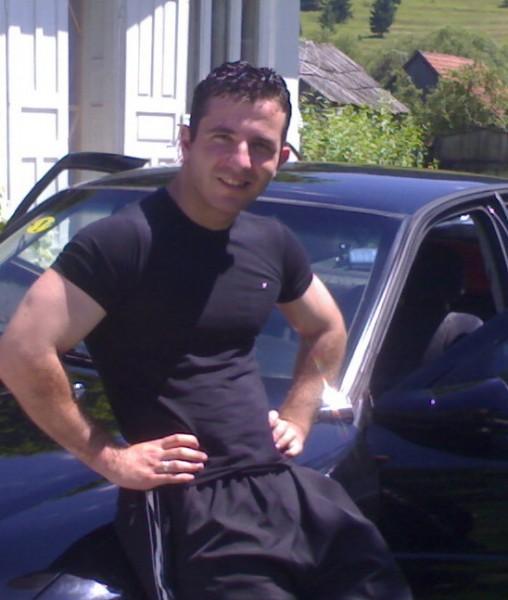 Str1ker09, barbat, 30 ani, Gheorgheni
