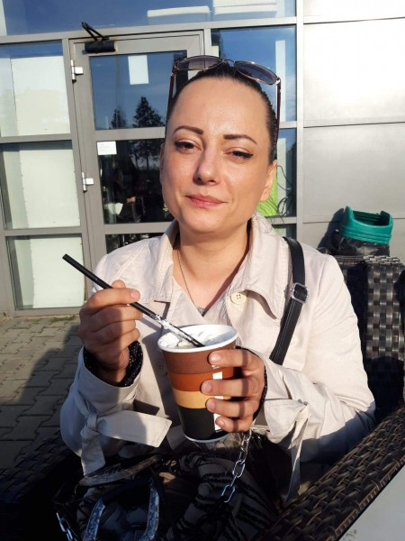 Mirella, femeie, 37 ani, Germania