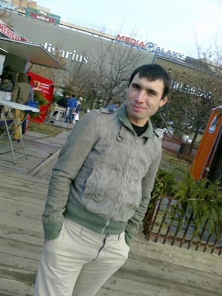 daraban_lucian3838, barbat, 32 ani, Iasi