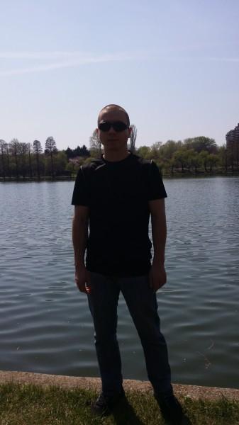 alecsbuc, barbat, 30 ani, BUCURESTI