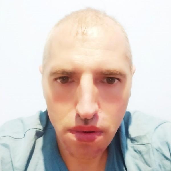 burlacuf, barbat, 43 ani, Buzau