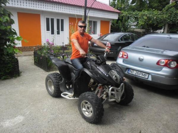 Florinel_pricope51, barbat, 49 ani, Roman