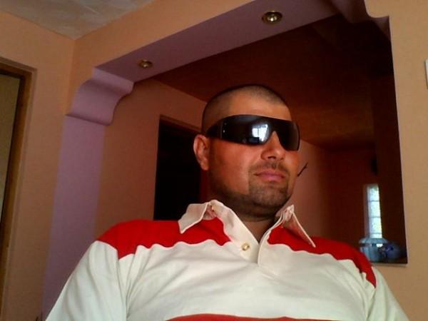 syly_boss, barbat, 42 ani, Ramnicu Valcea