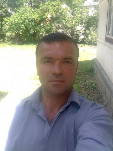mihai8888, barbat, 44 ani, Suceava