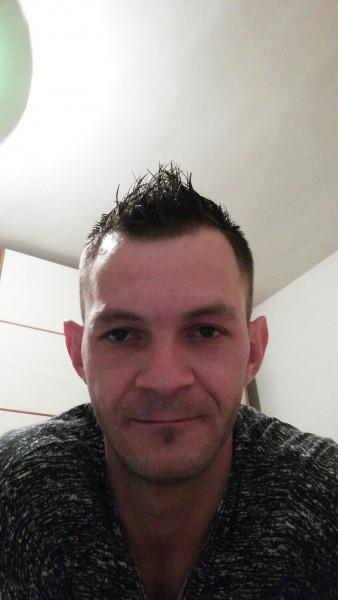 gabriel123, barbat, 29 ani, Baia Mare