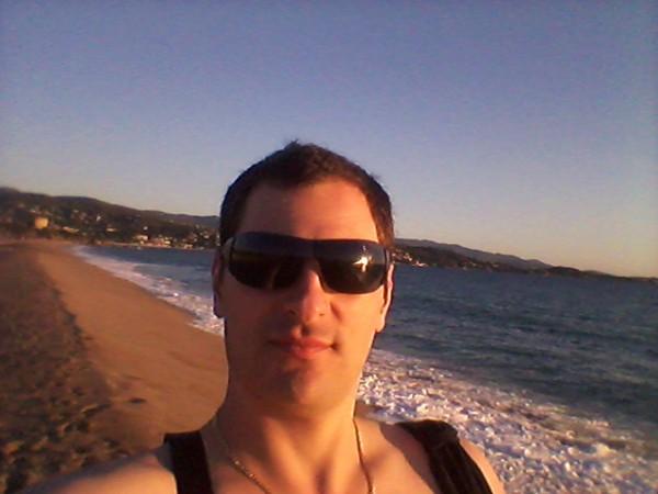 Daniellatino, barbat, 38 ani, Moldova