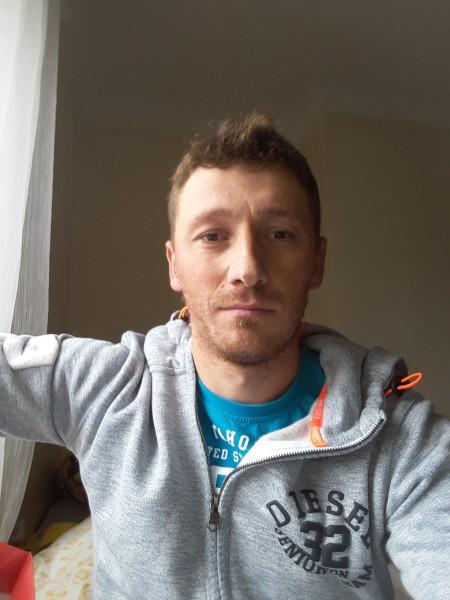 Bogdan_1986, barbat, 33 ani, Botosani