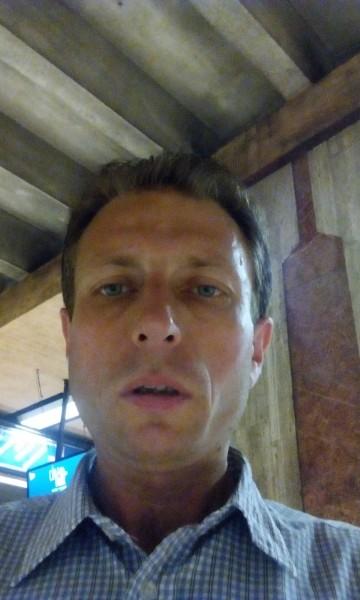 cata2019, barbat, 44 ani, BUCURESTI