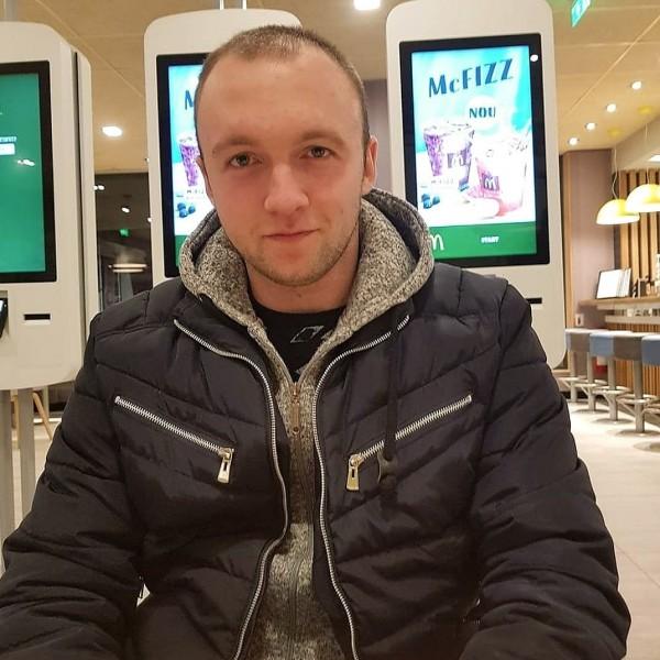 stefan_stefan92, barbat, 26 ani, Galati