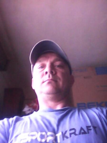 IstvanKarakas, barbat, 43 ani, Bistrita