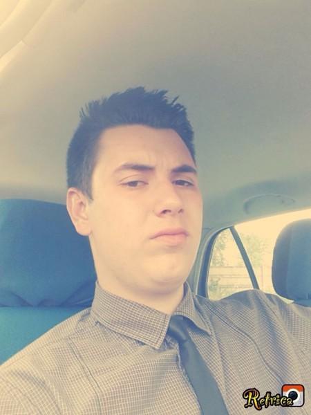 Laurentiu_Popp, barbat, 23 ani, BUCURESTI