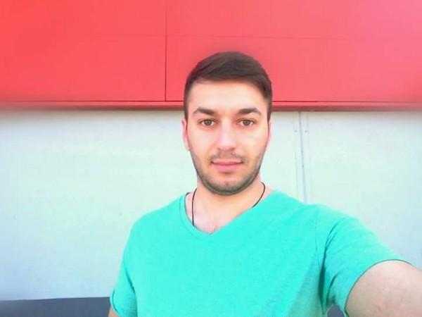 IulianNita, barbat, 23 ani, Romania
