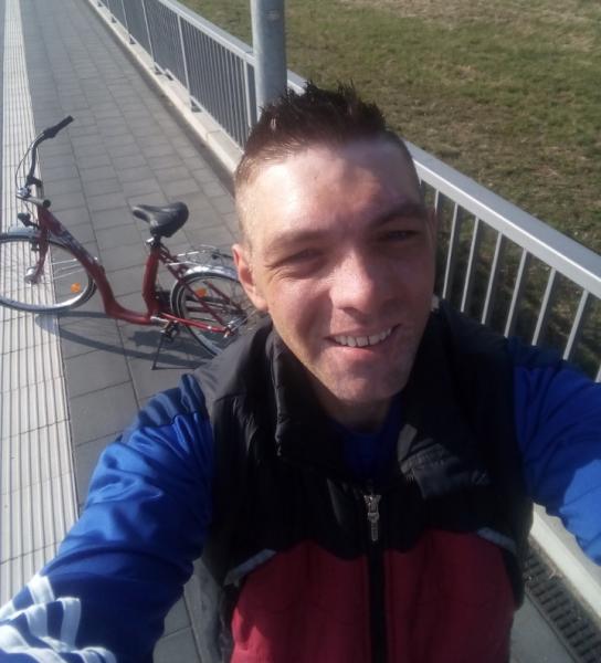 petrachioiu_alin, barbat, 36 ani, Ramnicu Valcea