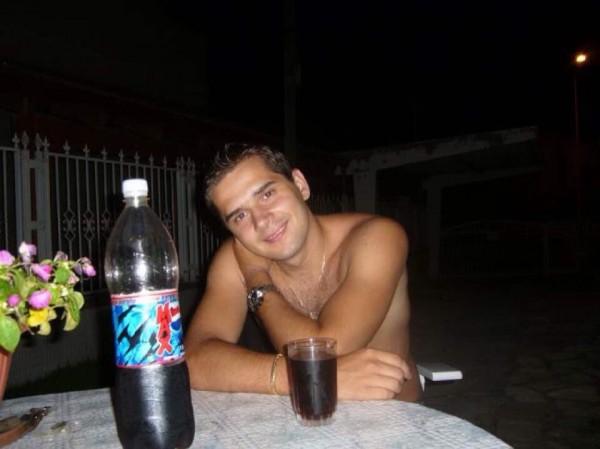 Saint1986, barbat, 32 ani, BUCURESTI