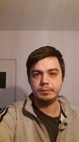 mihai_green, barbat, 26 ani, BUCURESTI