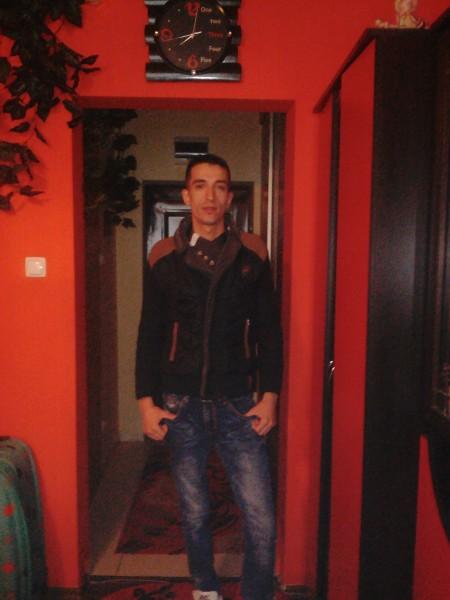 Adrin_Anglia, barbat, 29 ani, Satu Mare