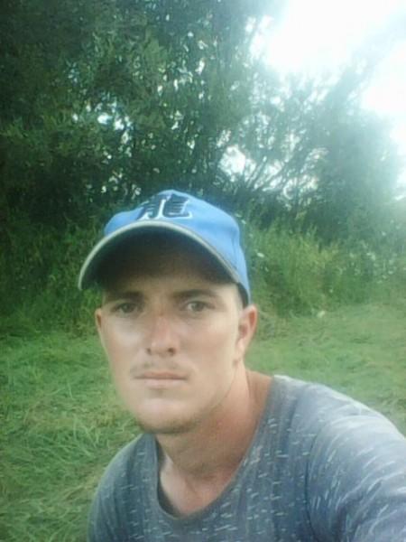 MariusMarian93, barbat, 25 ani, Lugoj