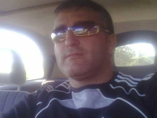 valiand9, barbat, 44 ani, Romania