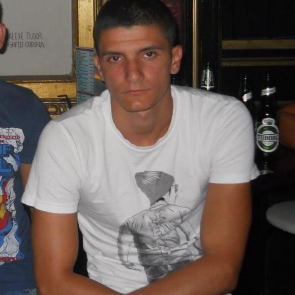 cornelmarian, barbat, 26 ani, BUCURESTI
