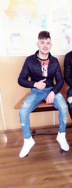 Marius200031, barbat, 18 ani, Braila