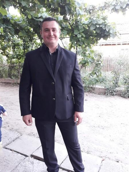 Valentinvladimir, barbat, 32 ani, Bailesti