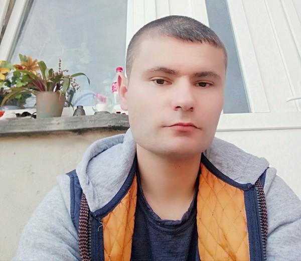 adisorul1, barbat, 30 ani, Cluj Napoca